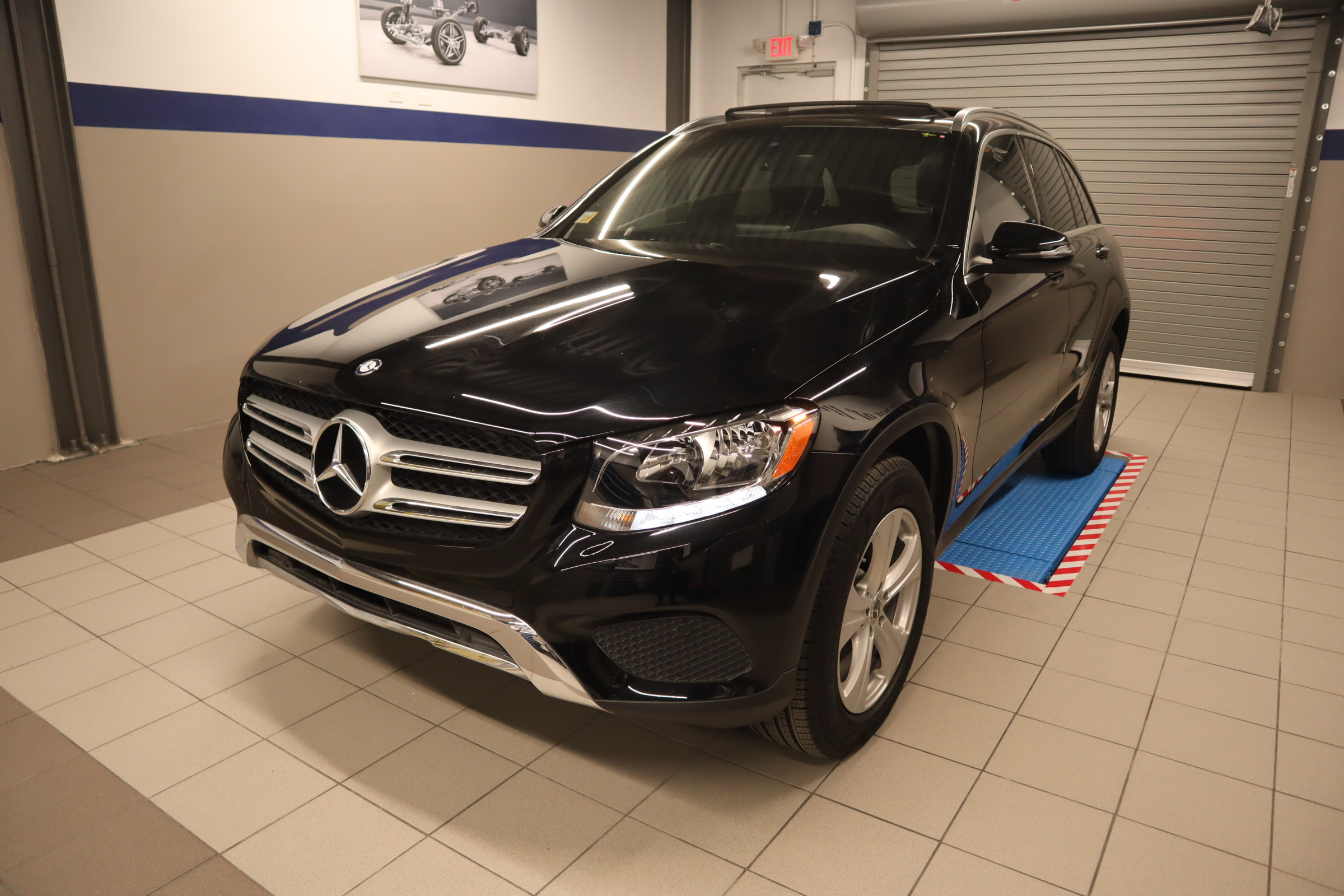 Pre-Owned 2017 Mercedes-Benz GLC GLC 300 SUV