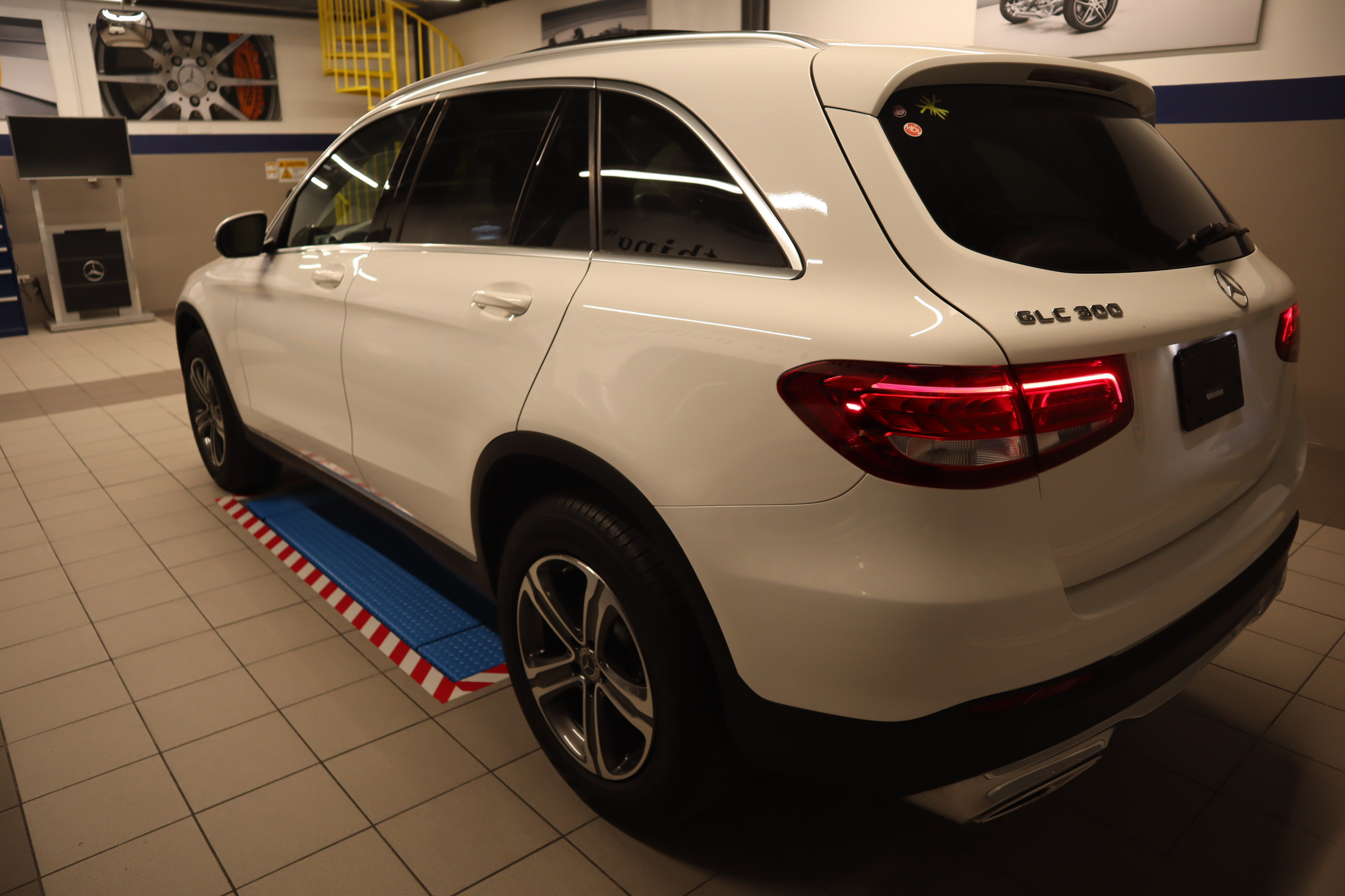 Pre-Owned 2019 Mercedes-Benz GLC GLC 300 SUV